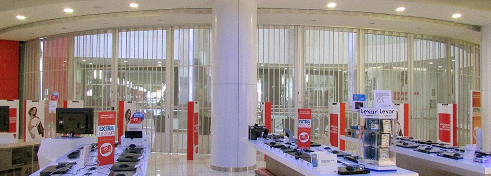 Vista desde el interior de la tienda OESCHLE de la puerta FOLDING CASSAFOLD i