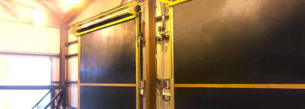 La puerta Enrollable de caucho brinda una excepcional durabilidad con un costo mínimo de mantenimiento, sin piezas que estén sujetas a desgaste