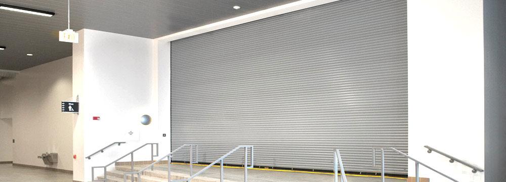 La puerta Enrollable cortafuego concebida para aislar el fuego en caso de emergencia UL. CUANDO LA PROTECCIÓN DE ACTIVOS ES PRIORIDAD