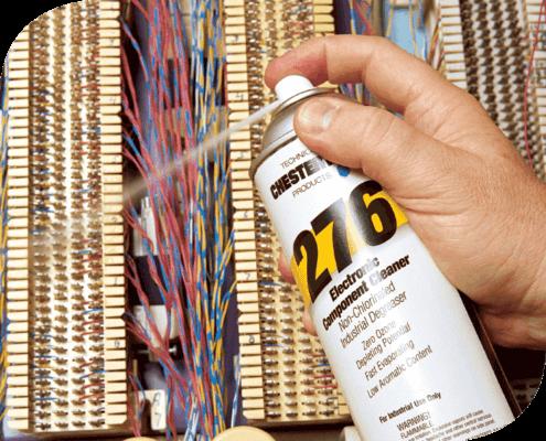 276 Limpiador de Componentes Electrónicos Chesterton. Aplica en equipos no energizados de rápida evaporación, base solvente que no ataca la capa de ozono.
