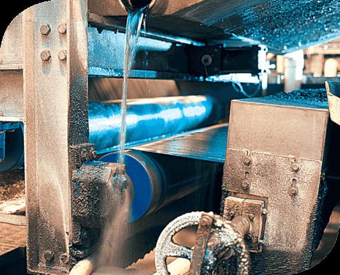 615 Grasa para Alta Temperatura de alta performance con inhibidores de corrosión y resistencia al agua. Sobresaliente resistencia a la extrema presión.